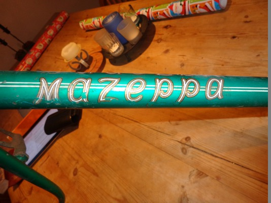 Mazeppa transfer. White, gold and black edgings downtube
